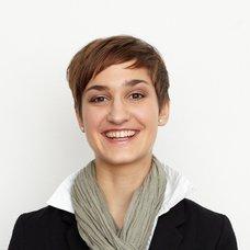 Coach_Julia Roehrich.jpg